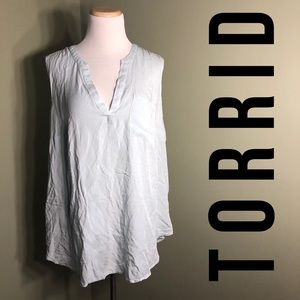 Torrid 2 sleeveless shirt with single pocket